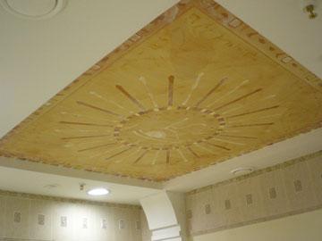Роспись потолка в салоне красоты