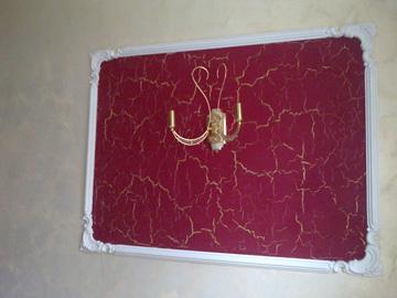 Декоративное панно на стене